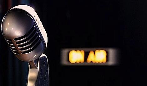 20200223175333-microfono-radio-clasico.jpg